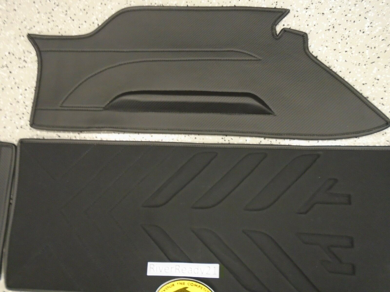 Kawasaki sxr 1500 Hydro-Turf Kit Premier Jet-Ski Black Carbon In stock AZ-HT681K